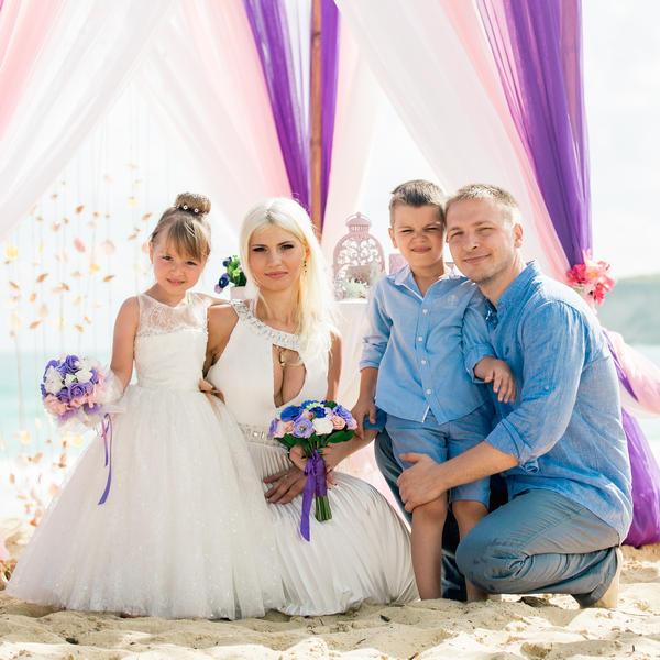 Яркая свадьба с детьми на пляже Макао в Доминиканской Республике – WedDesign – Свадьба в Доминикане