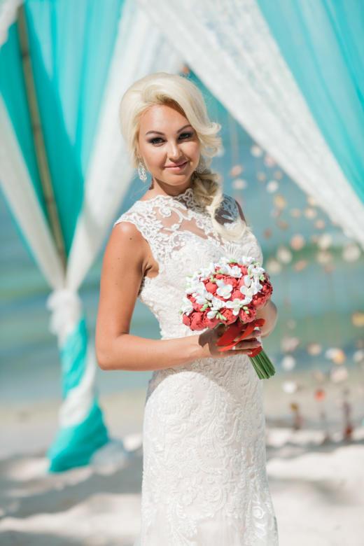 Букет «Красные пионы» – WedDesign | Свадьба в Доминикане