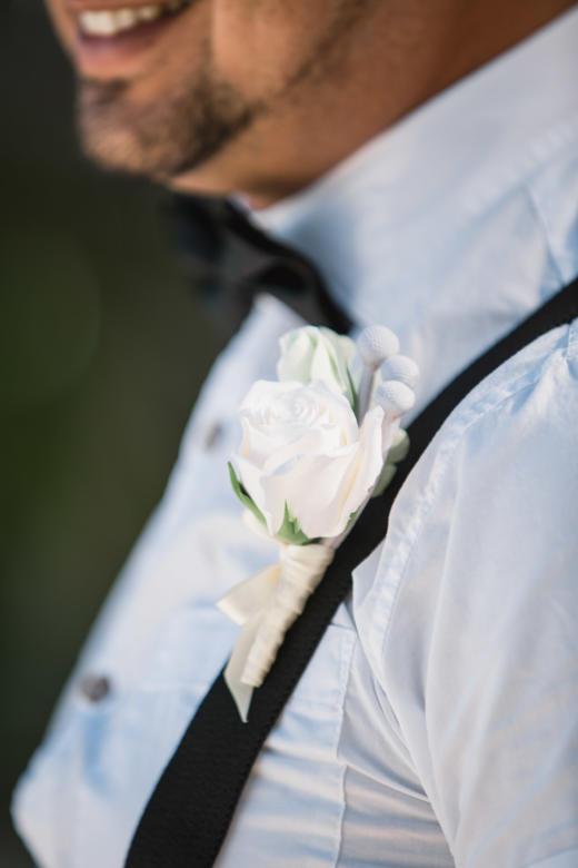 Бутоньерка к букету «Нежный» – WedDesign | Свадьба в Доминикане
