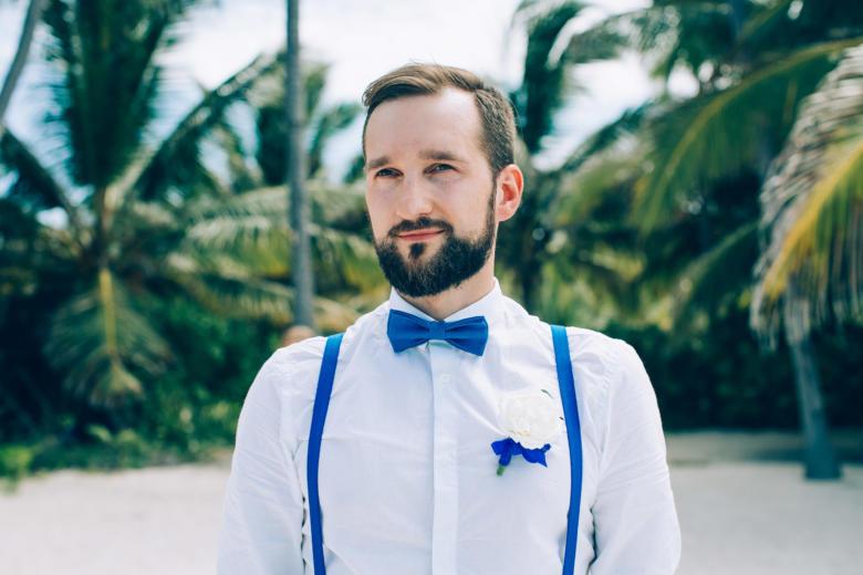 Бутоньерка к букету «Нежный голубой» – WedDesign | Свадьба в Доминикане