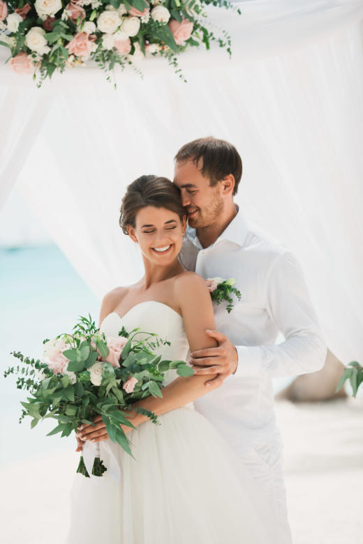 Классическая белая свадьба в Доминикане Ольги и Александра на острове Саона – WedDesign | Свадьба в Доминикане