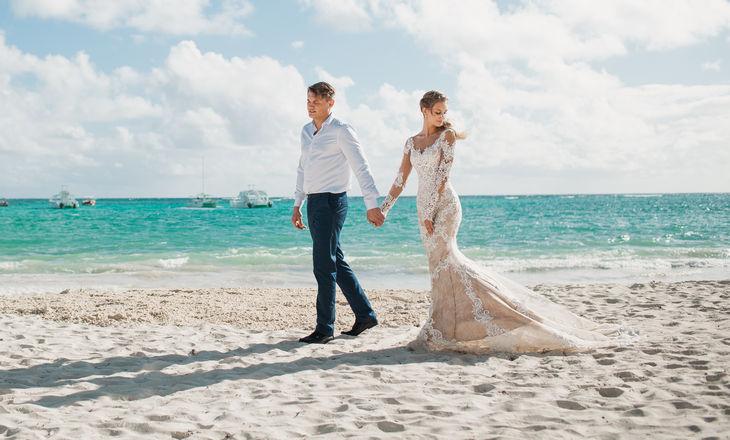 Акция – Свадебная церемония на пляже с белым песком – WedDesign – Свадьба в Доминикане
