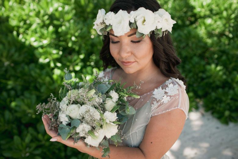 Венок из эустомы | WedDesign – Свадьба в Доминикане