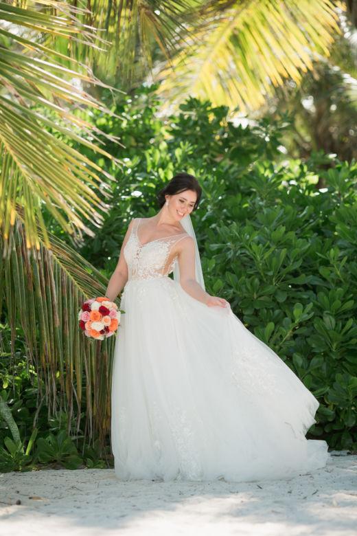 Яркий свадебный букет – WedDesign – Свадьба в Доминикане
