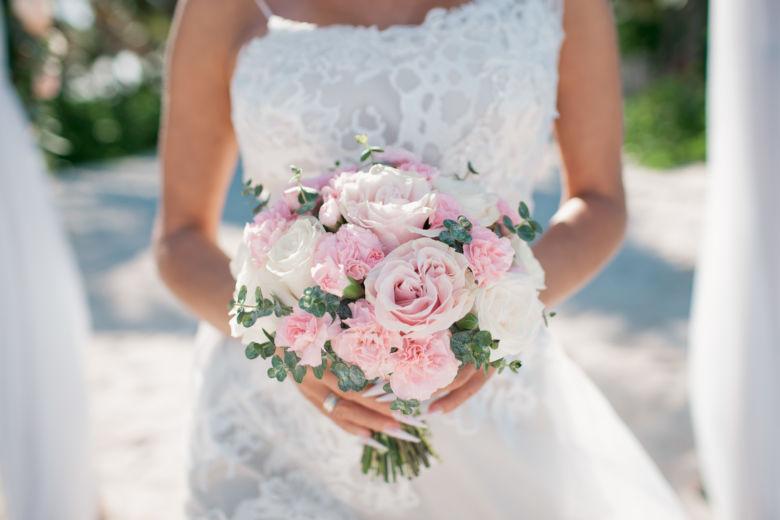 Розовый букет невесты с эвкалиптом – WedDesign – Свадьба в Доминикане