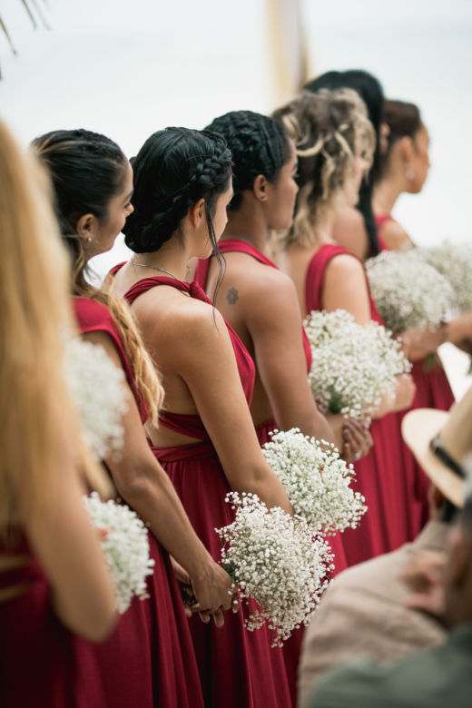 Букетики для подружек из гипсофилы – WedDesign – Свадьба в Доминикане