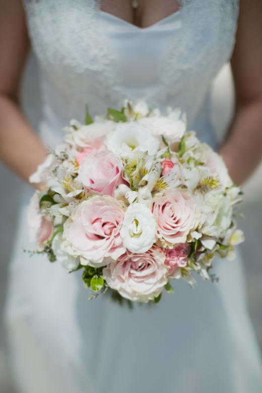 Букет из розы пинк мондиаль – WedDesign – Свадьба в Доминикане