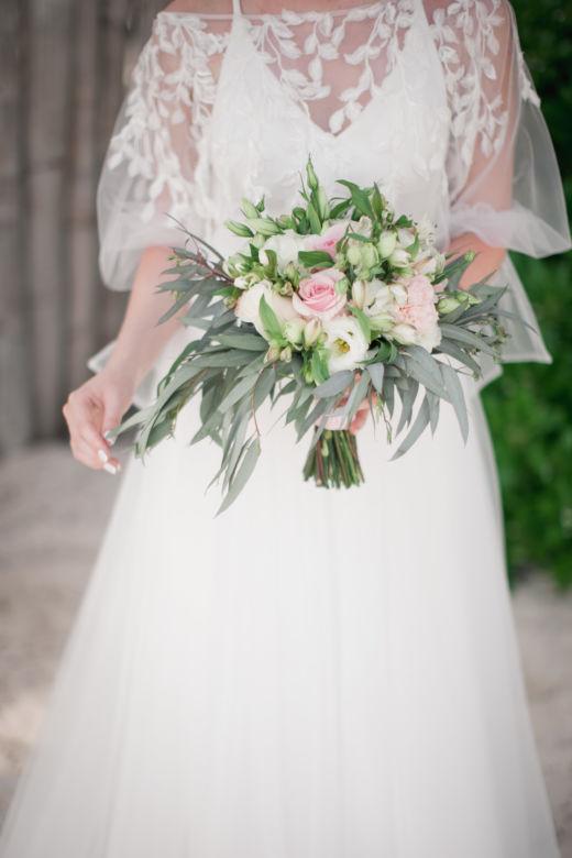Букет невесты с эвкалиптом – WedDesign – Свадьба в Доминикане