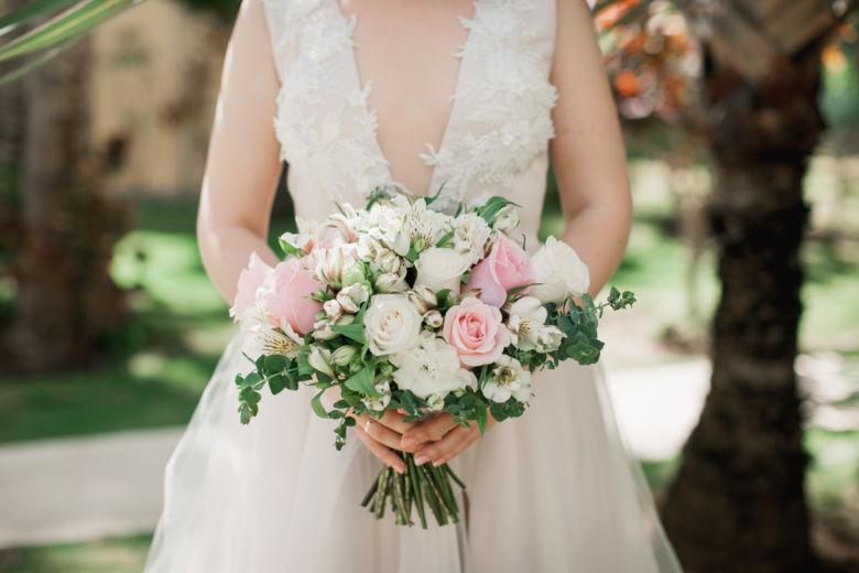 Нежный букет невесты с альстромерией – WedDesign – Свадьба в Доминикане