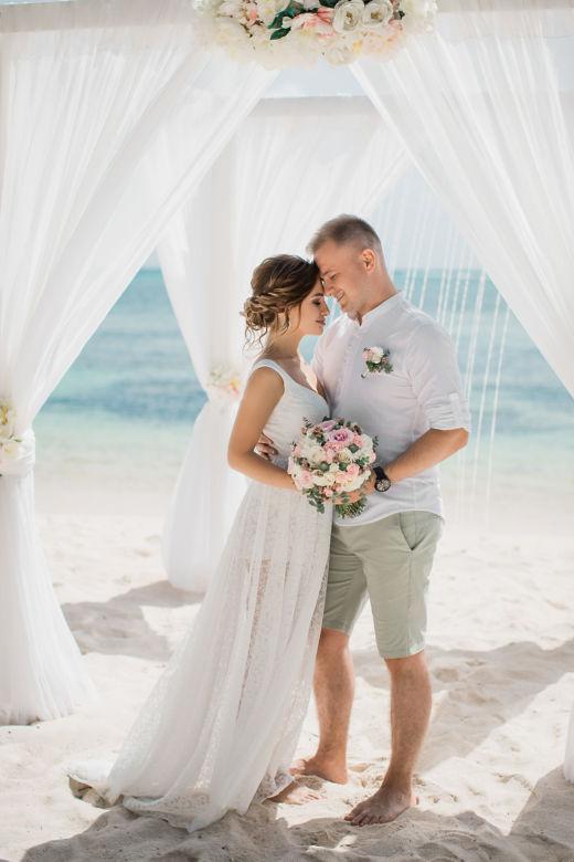 Букет невесты с сухоцветом – WedDesign – Свадьба в Доминикане