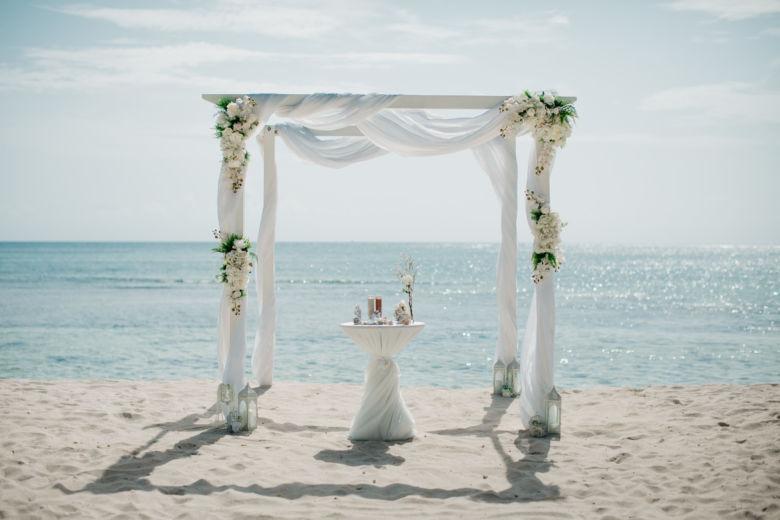 Искусственные цветы– WedDesign – Свадьба в Доминикане