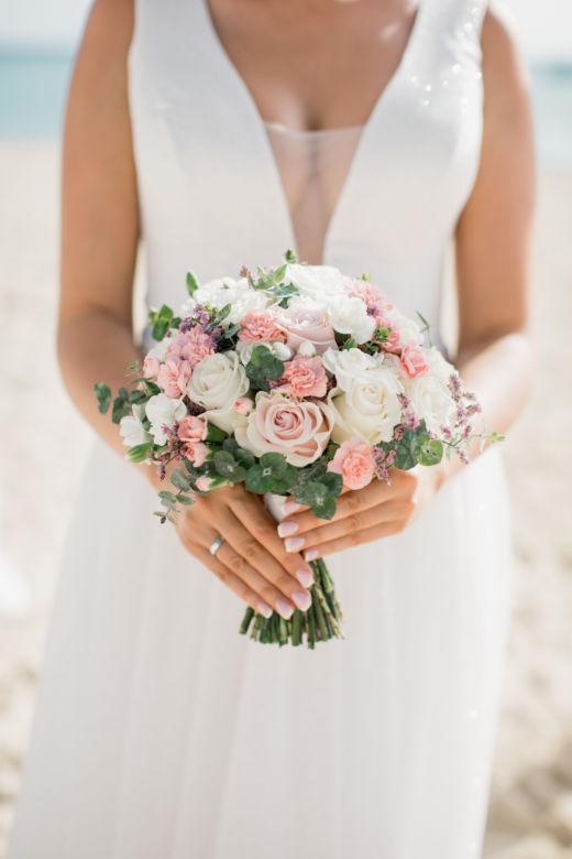 Круглый букет невесты с сухоцветом – WedDesign – Свадьба в Доминикане