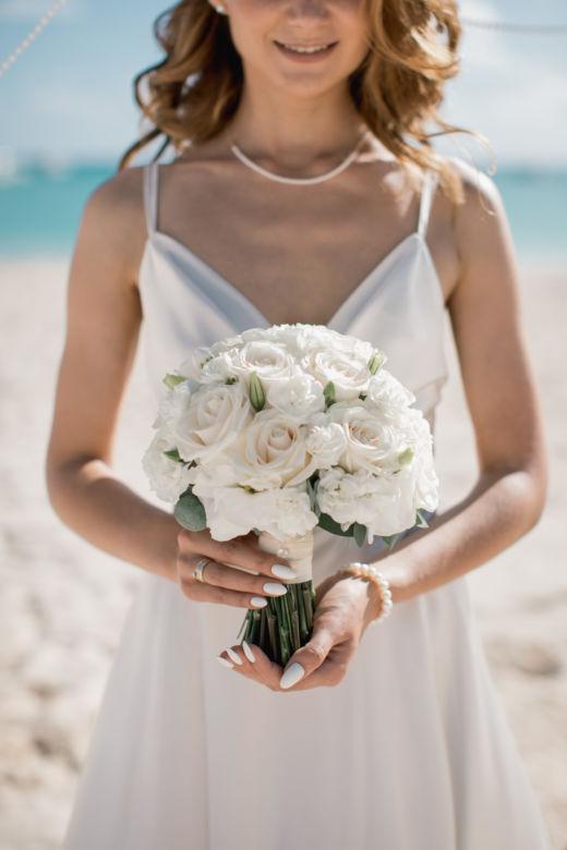 Классический круглый букет – WedDesign – Свадьба в Доминикане