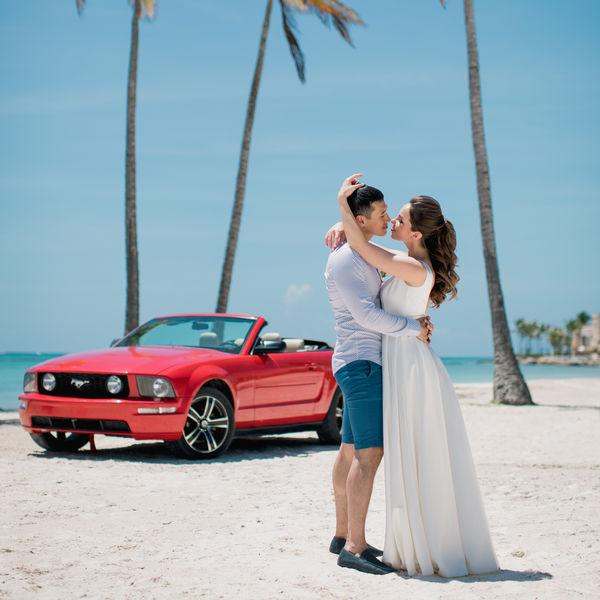 Свадьба в Кап Кане на пляже Хуанийо, фотосессия с кабриолетом и полет на вертолете – WedDesign – Свадьба в Доминикане