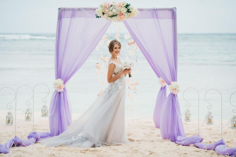 Лавандовая арка – WedDesign – Свадьба в Доминикане