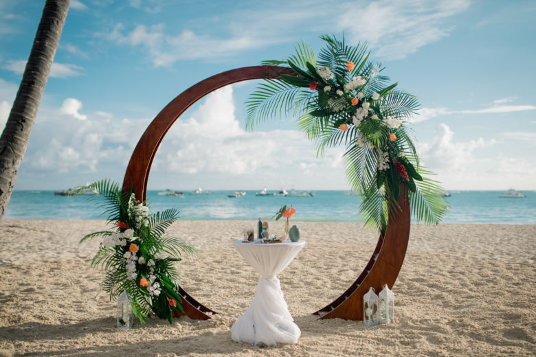 Живые цветы. Тропический стиль – WedDesign – Свадьба в Доминикане