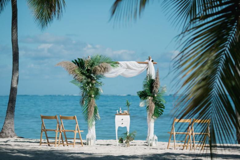 Живые цветы. Пампасная трава – WedDesign – Свадьба в Доминикане